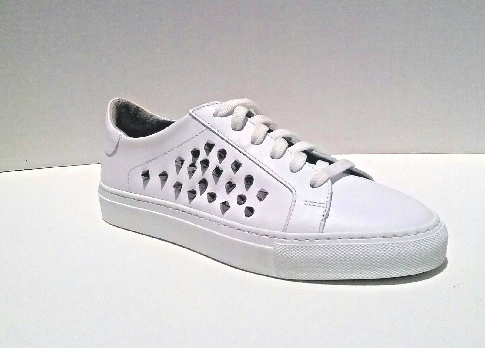 Boemos Italy Women's Euro Size 39 White Leather Pyramid Studded Lace Up Sneakers