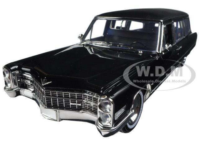 1966 CADILLAC s&s limousine  noire Precision collection 1 18 par vertlumière 18002  beaucoup de surprises
