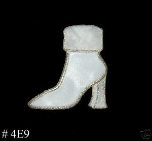 1PC-WHITE-FUR-SUEDE-BOOT-IRON-ON-EMBROIDERED-PATCH