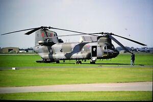 2-293-B-V-Chinook-HC4-Ex-N37083-M-A039-M7019-Royal-Air-Force-ZD892-SLIDE
