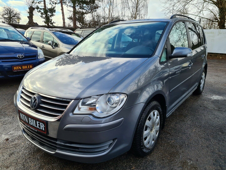 VW Touran 1,9 TDi 100 Highline 5d - 49.900 kr.