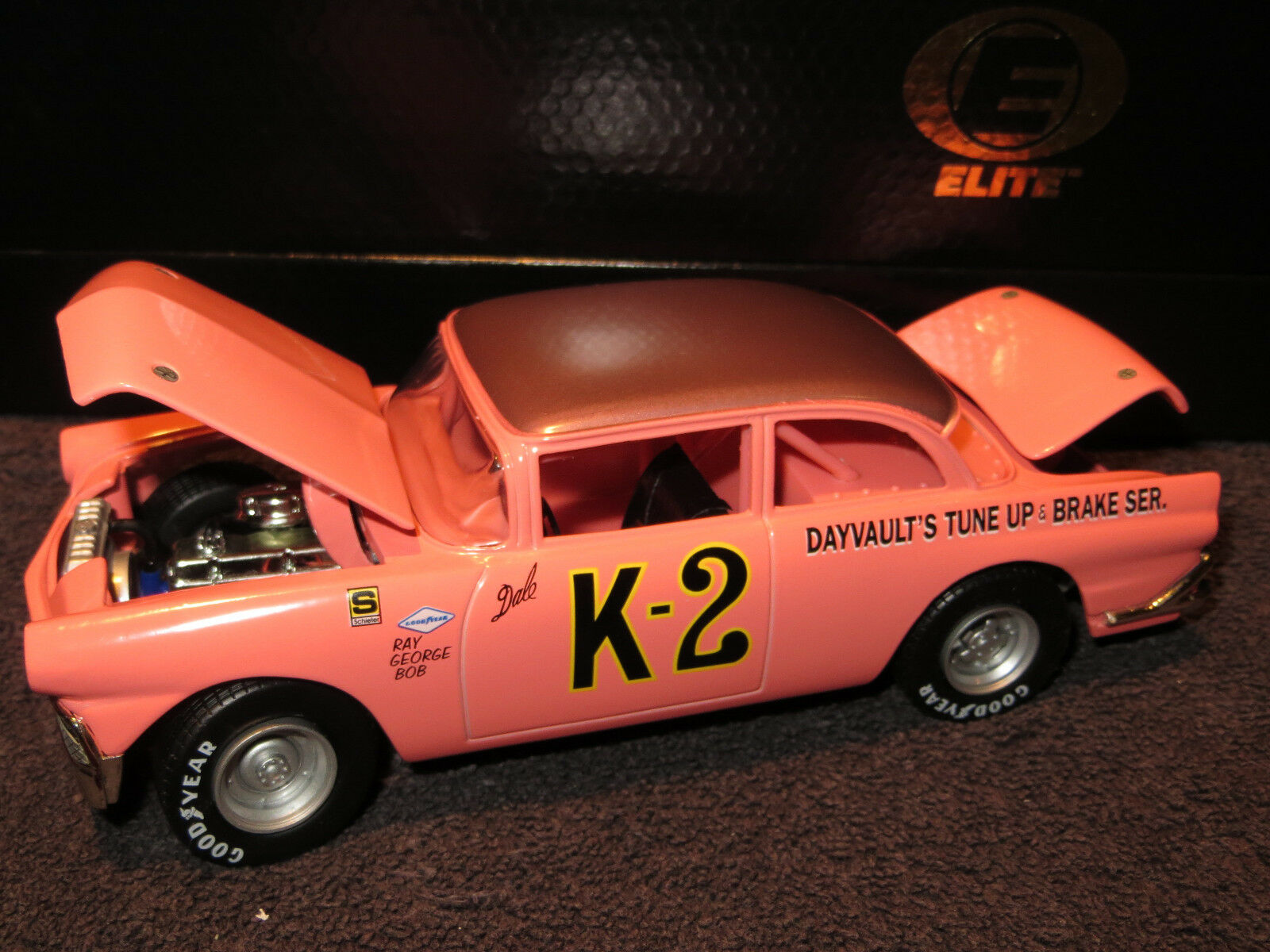 Dale Earnhardt K-2 1956 Ford Ford Ford Elite 1 24 Action RCCA  10,000 NEW gold Coin 7a09a2