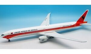 Inflight 200 If277730615 1/200 Taag Angola Airlines 777-3m2 / er D2-teg avec support