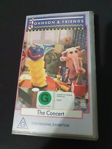 JOHNSON-AND-FRIENDS-THE-CONCERT-VHS-VIDEO-PAL-VERY-RARE