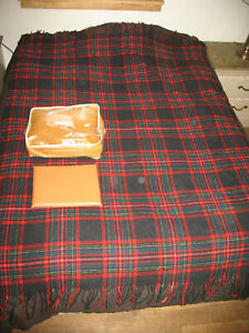 Vintage-Pendleton-100-Wool-Stadium-Picnic-Blanket-Robe-in-a-Bag-Red-Plaid