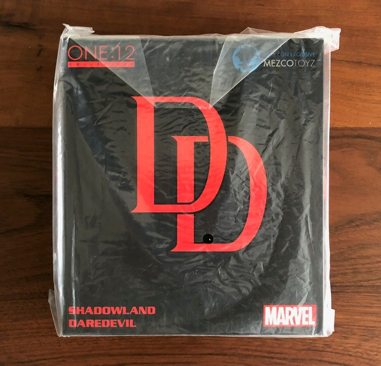 Mezco Toyz One 12 Collective Daredevil Shadowland 2016 NYCC Exclusive 1 12 Scale