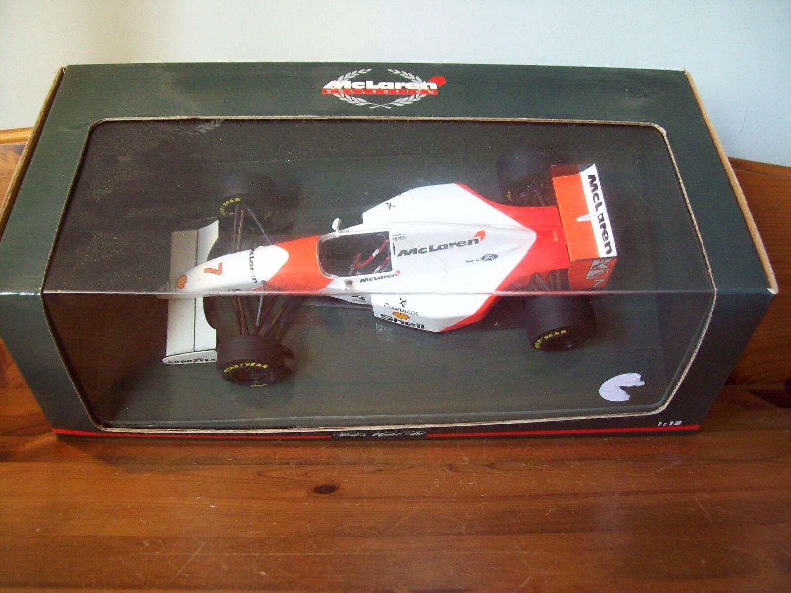 1 18 McLaren Ford MP4 8 Mika obligaba 1993