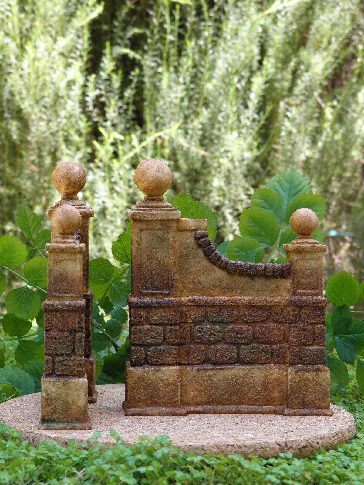 Miniature Dollhouse Wall FAIRY GARDEN Furniture  Resin Aged Wall Dollhouse Set of 2  NEW 731e48