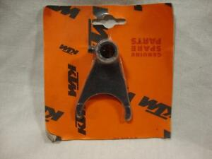 KTM 2/4 shift fork 59034002000 EXC Racing SXS 400 450 500 525 1999-2014