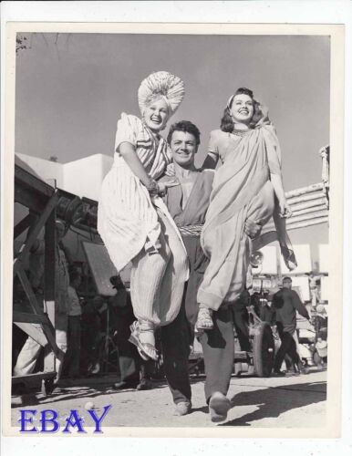 Cornel Wilde hoists Adele Jergens A Thousand And One Nights VINTAGE Photo