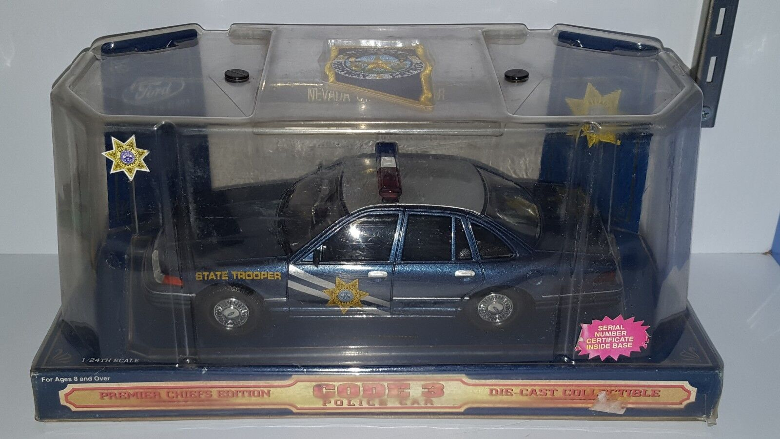 1 1 1 24 CODE 3 NEVADA HIGHWAY PATROL STATE TROOPER FORD CROWN VICTORIA blueE 61036e