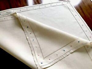 VINTAGE-HAND-EMBROIDERED-CREAM-SAND-LINEN-LADDERWORK-TABLE-CLOTH-33X34-INCH