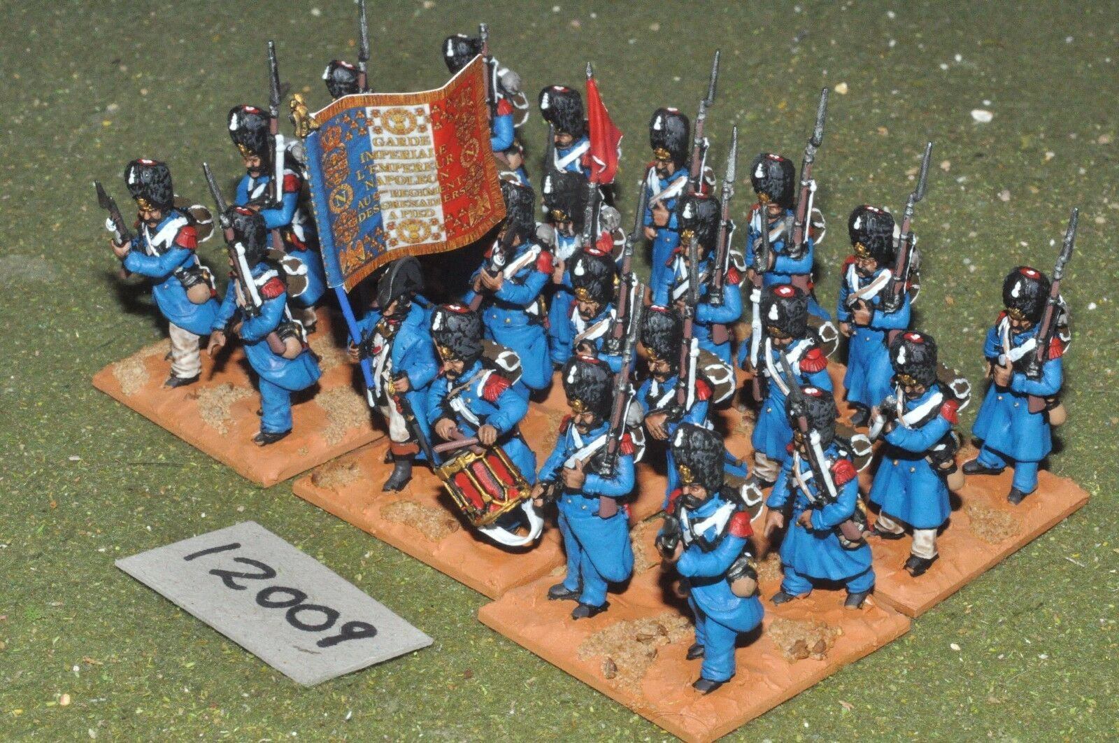 25mm napoleonic   french - - - plastic guards 24 figs - inf (12009) 190d3f