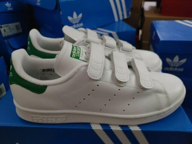 white and green stan smith