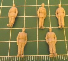 AB Figures FIG500 1/72-76 Resin WWII German Tank Crew of 5 Figures on Parade