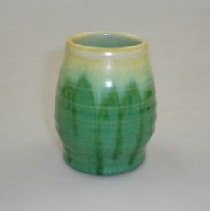 REMUED-LATER-SERIES-SMALL-BEEHIVE-BARREL-VASE