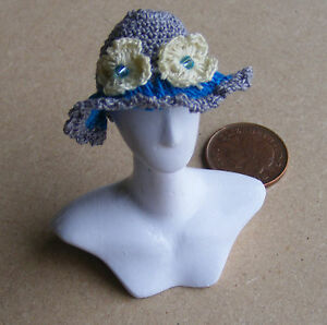 1:12 Scale Ladies Grey Crochet Hat Dolls House Miniature Clothing Accessory T5