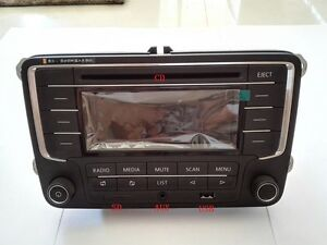 Autoradio-Radio-RCN210-fuer-VW-Golf-Jetta-Caddy-Tiguan-Passat-POLO-AUX-MP3-USB-SD