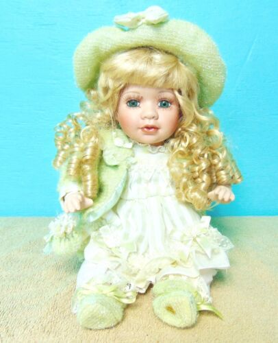 """Amanda"" Handcrafted Porcelain Collectible Doll 2005 Timeless collection"