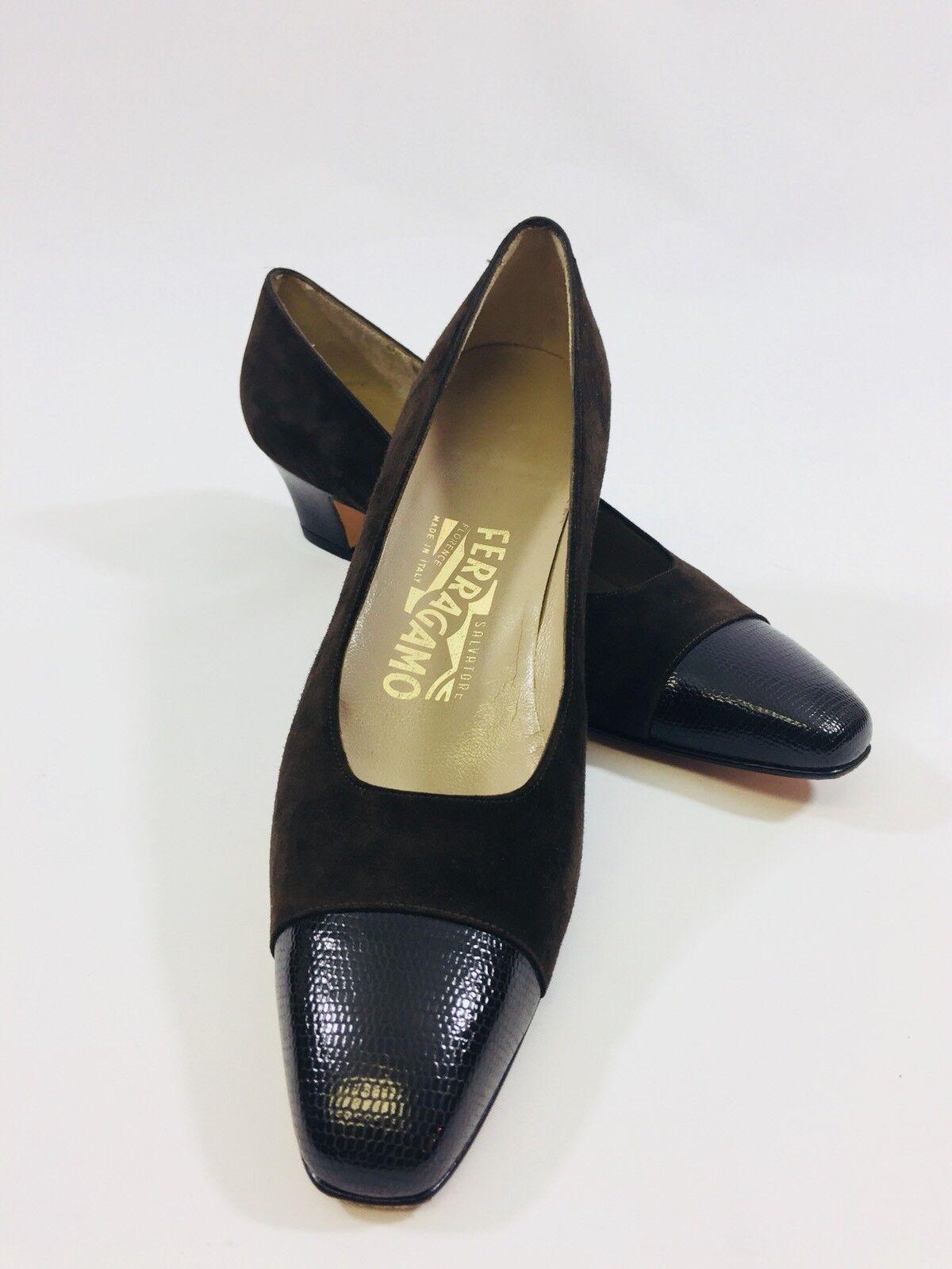 Salvatore Ferragamo  Women's sz 8 1 2 A Brown Suede Capped Toe Slide Pumps
