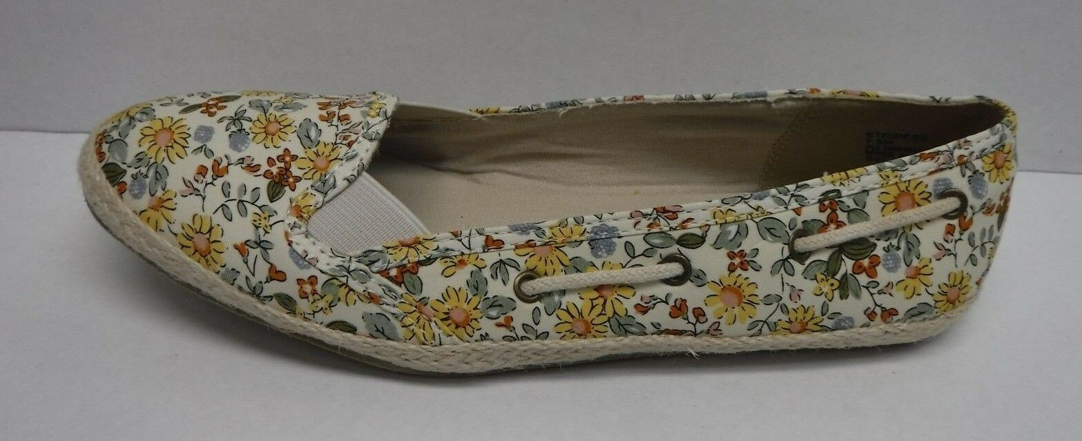 Madden Girl Size 7.5 Floral Flats New Womens shoes