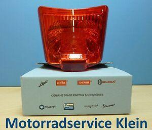 GENUINE-PIAGGIO-TAIL-LIGHT-for-Vespa-GTS-GTV-125-250-300-Super-Supersport