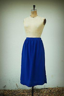 Ellen Tracy Size 4 Skirt Vintage 1980s Lightweight Very Small Waist Side Slits