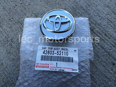 (1) New OEM Genuine Toyota Corolla Yaris Prius Wheel Center Hub Cap 42603-52110
