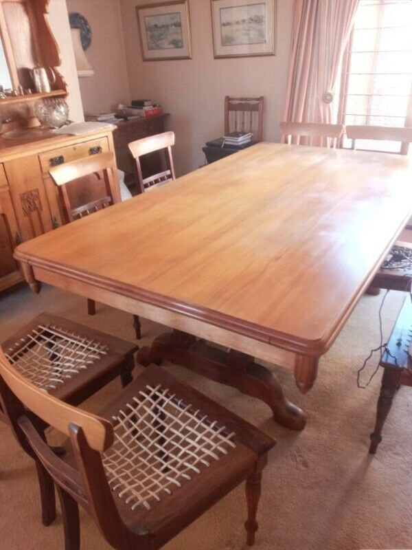 Large Dining Table in Yellowwood and Blackwood.
