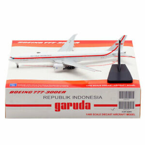 1:400 JC Wings Republik Indonesia B777-300ER Diecast Models PK-GIG Flaps Down