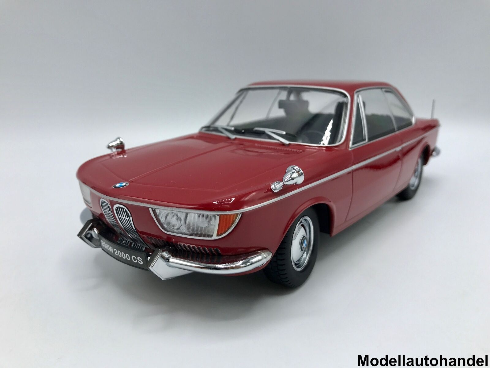 BMW 2000 CS 1965-Dark rouge - 1 18 KK-Scale     nouveau   nouveau sadie