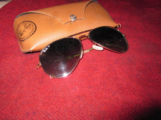 2e40510bf51 Vintage B L Ray Ban Aviator Sunglasses  58014 Gold Tone With Case for sale  online