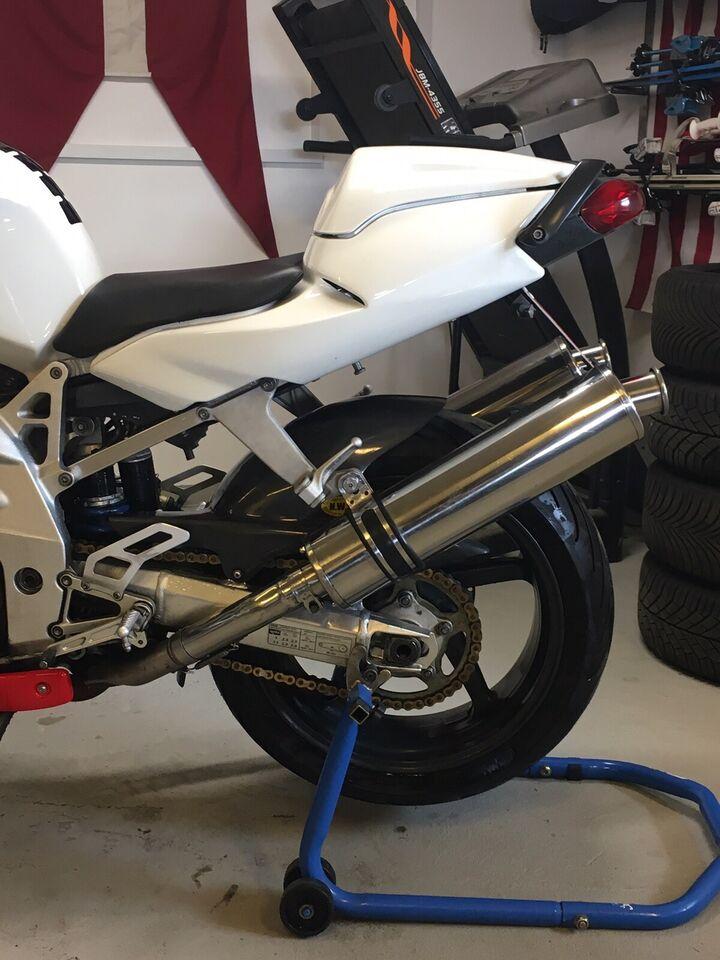 Aprilia, SL1000 V60 Falco, 1000 ccm