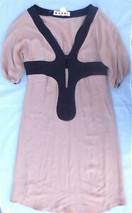 Robe-courte-rose-et-noire-MARNI-Beautiful-MARNI-dress-MARNI-Kleid-40IT-36-38F