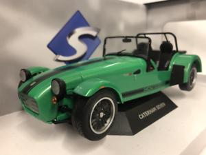 Caterham Seven 275 Green 1 18 Scale Solido S1801801