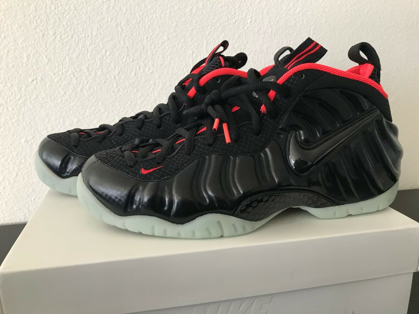 Nike Air Foamposite Yeezy Size 11