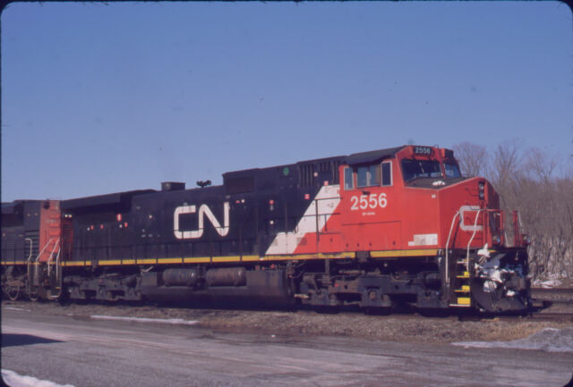 CANADIAN NATIONAL RAILROAD C44-9W 2556 ORIGINAL SLIDE