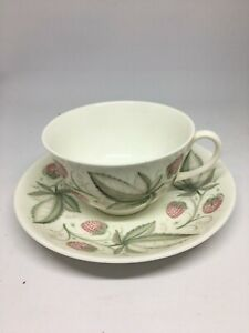 Susie-Cooper-C486-Wild-Strawberries-Cup-and-Saucer-Flawless