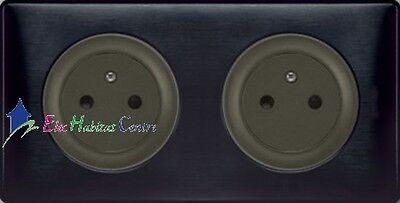 Double prise 2P+T affleurante Céliane carbone graphite 67124+67911x2+80252+68982