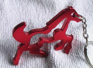 Schlüsselanhänger - ROTES WILDPFERD - aus Aluminium - Gesamtlänge ca. 11 cm