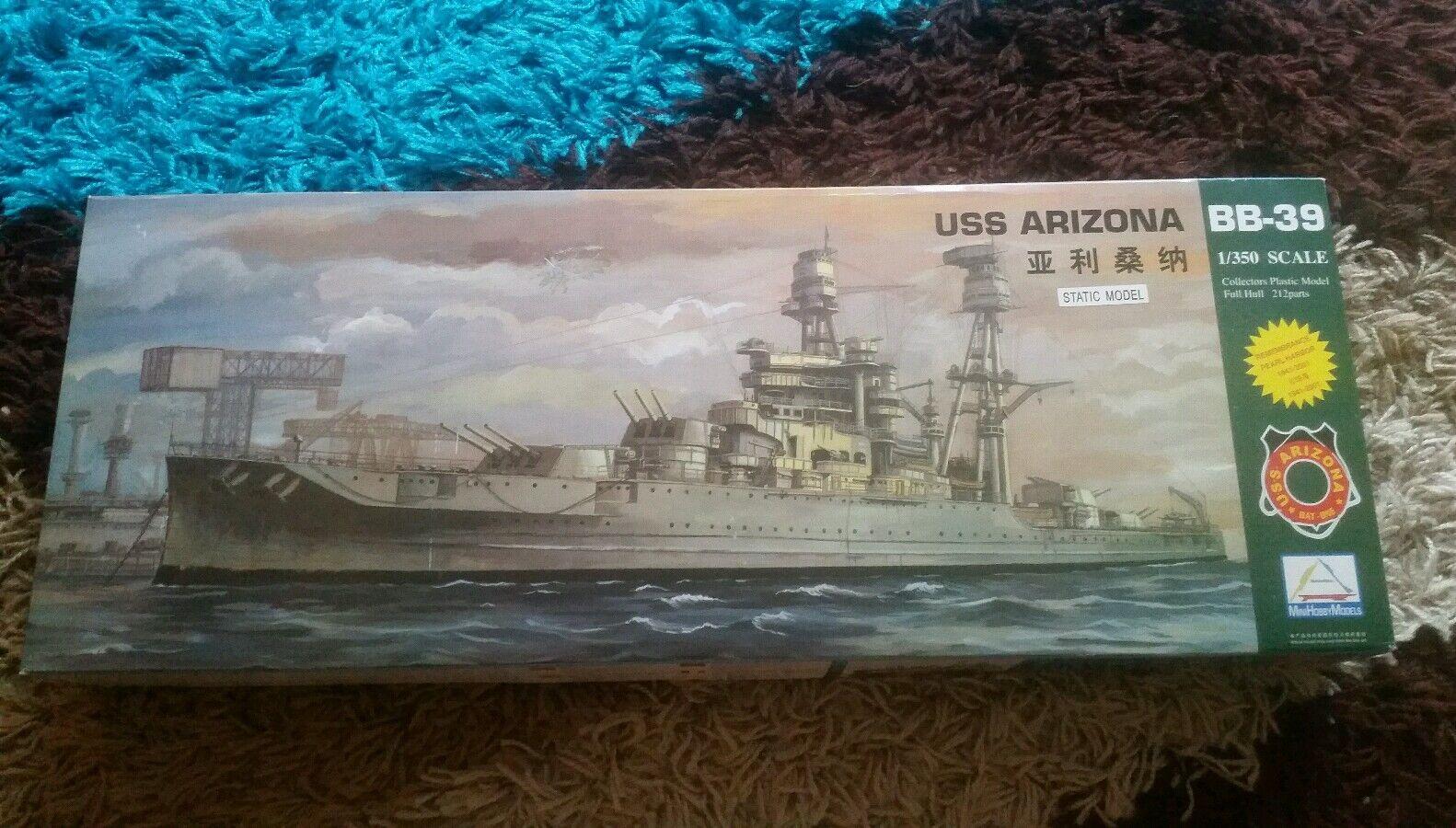 Mini Hobby Models 1 350 USS Arizona BB-39  Battleship Great Condition RARE
