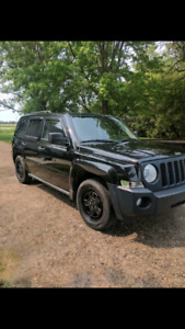 Low kms  Parting out jeep patroit