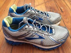 c14d30fae1f7e Brooks Adrenaline GTS 15 Women s Running Shoes - White Blue - Sz 7.5 ...