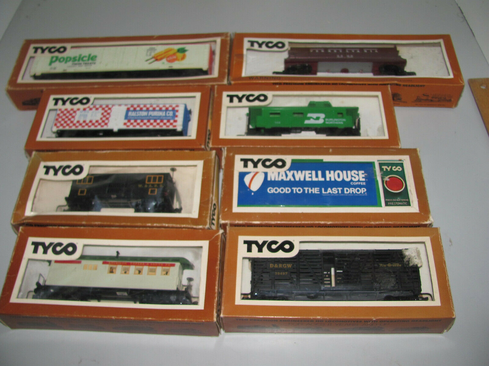 Tyco HO Scale Mixed Lot Of Cars & Maxwell House Steam Whistle Billboard As New