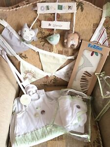 Olive-amp-Henry-Musical-Cot-Mobile-Bunting-Swaddle-Robe-Sleep-Cosy-amp-Stickers