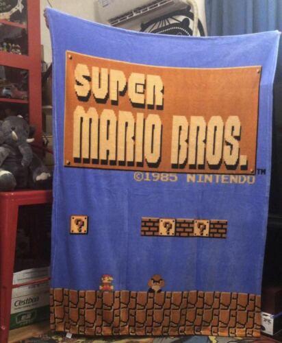 """48/"""" x 60/"""" Super Mario Bros Retro Fleece Throw Blanket"""