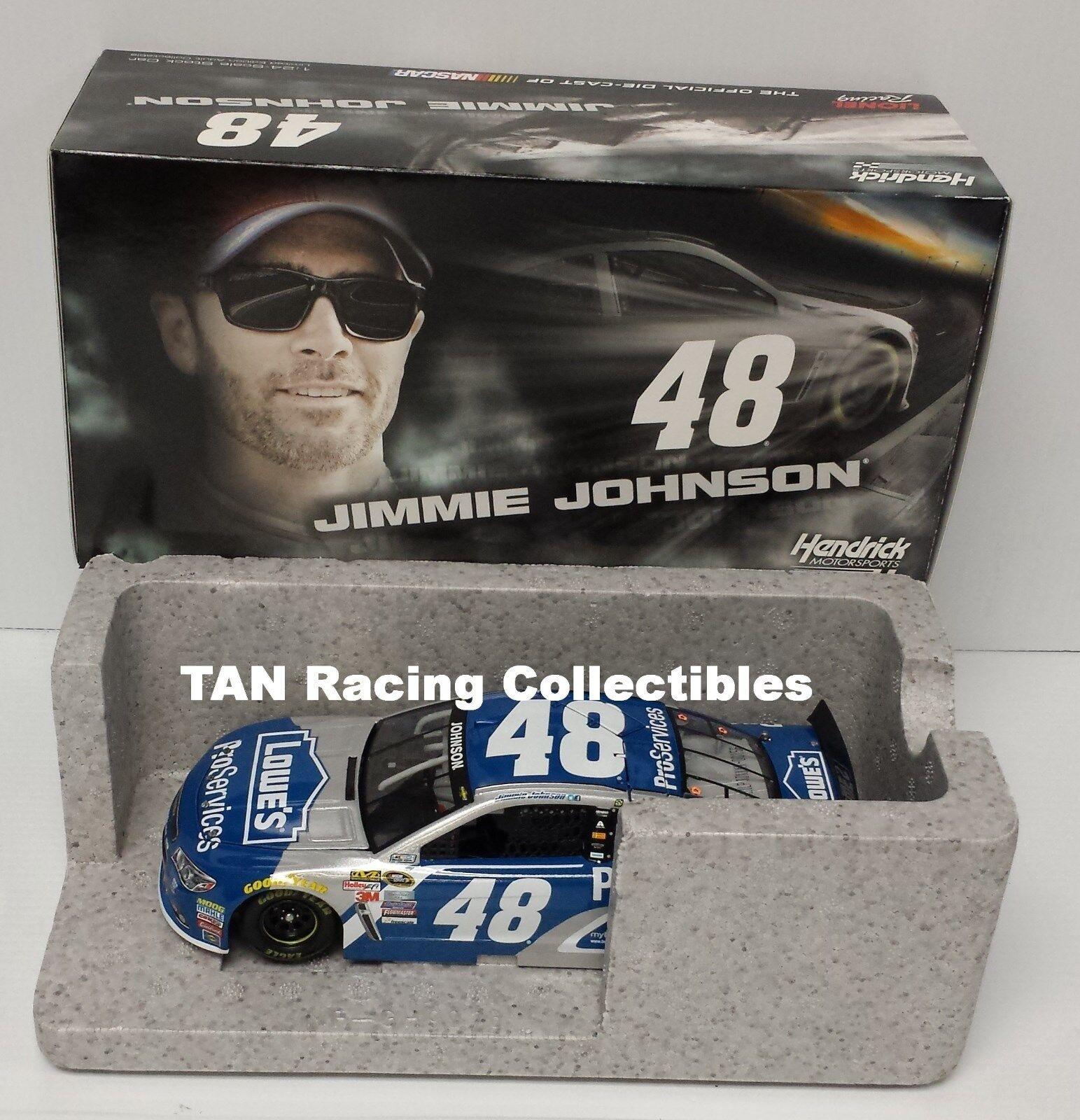 Jimmie Johnson 2015 Lionel Collectibles Lowe's Pro Services Chevy 1 24 FREE