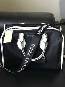 934b75469afb07 New Michael Kors Unisex Connie Nylon Lg Black & Optic White Duffle ...