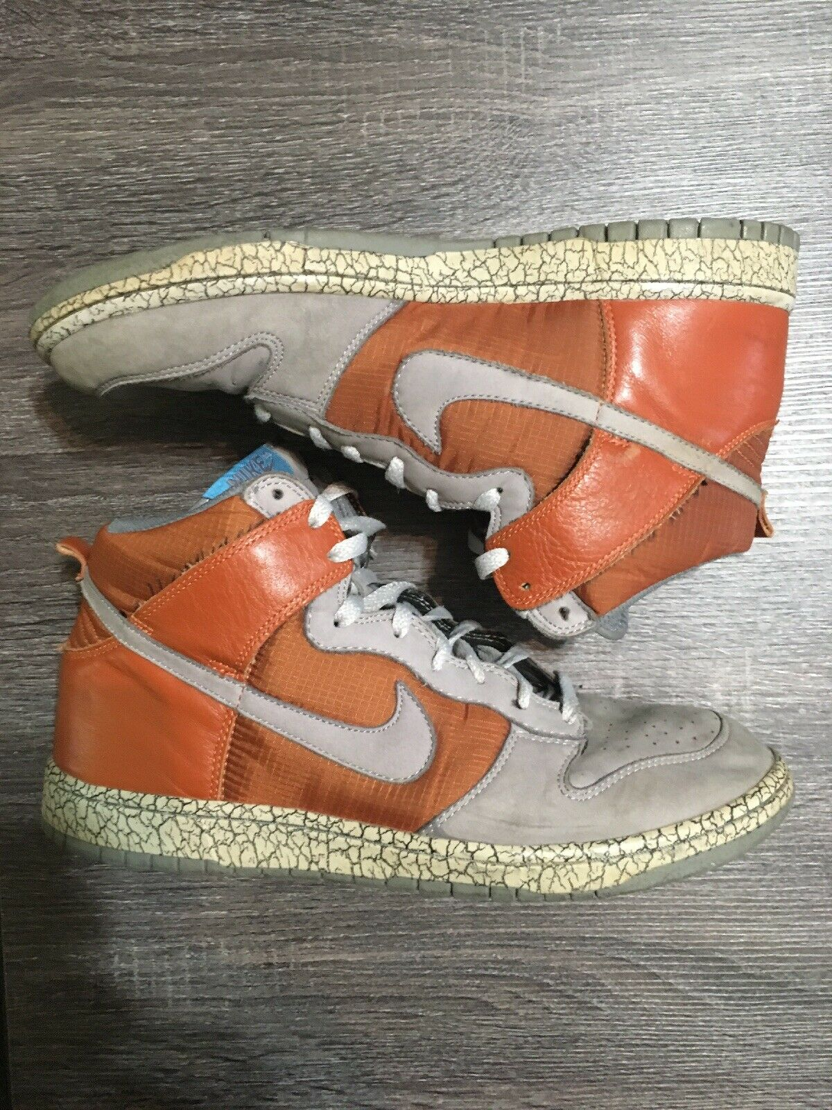 RARE NIKE Earthquake Premium Dunk shoes. orange Cool Grey. Sz 11. (306968-801)