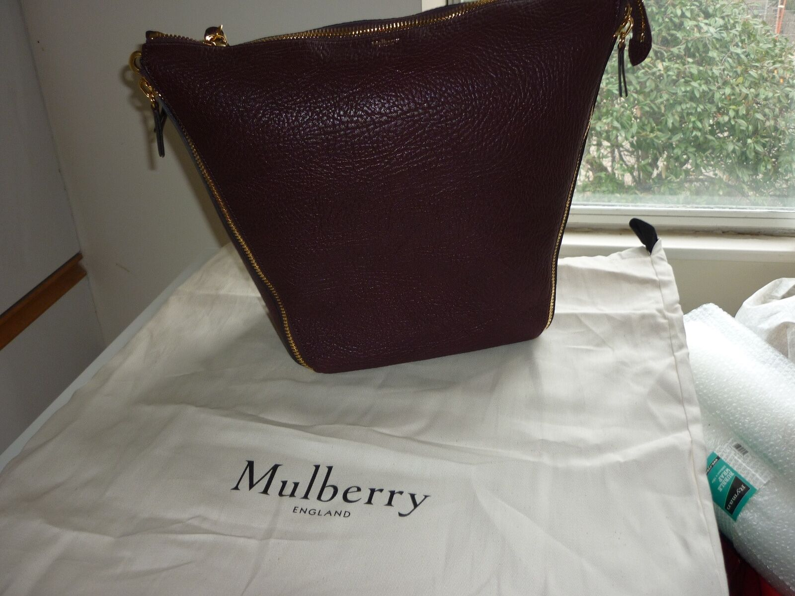 f627755bfa Mulberry 100 Authentic Camden Textured Goat Leather Shoulder Bag ...